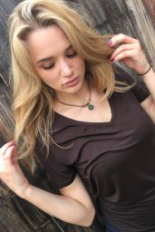 Hunter Haley King - Lexas Lavalieres Necklaces LookBook (2016)