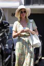 January Jones - Meche Salon in Los Angeles, 07/07/2016