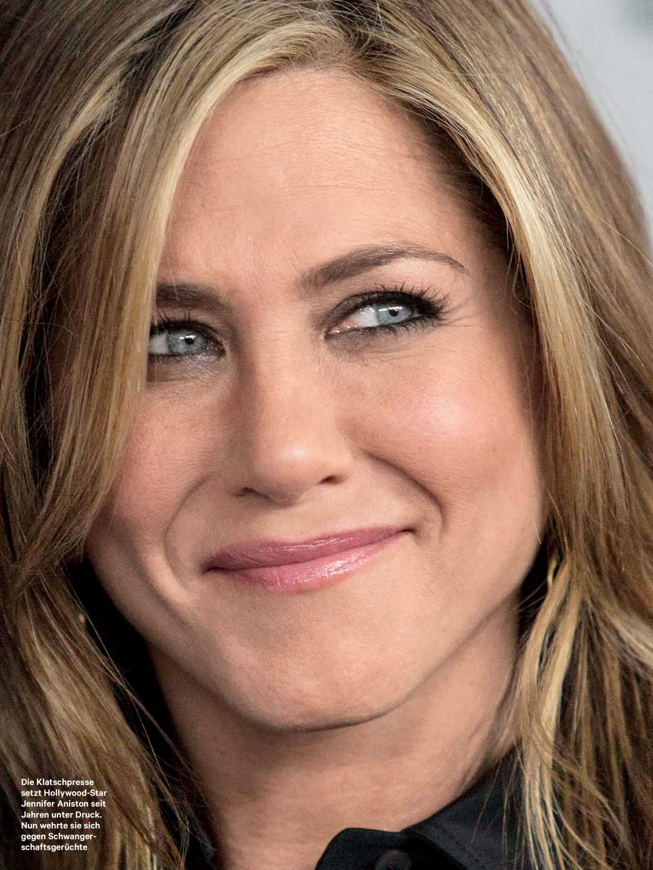 Jennifer Aniston - New... Jennifer Aniston