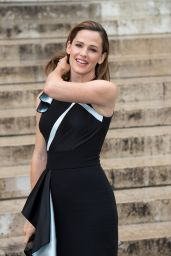 Jennifer Garner - Paris Fashion Week, Atelier F/W 2016