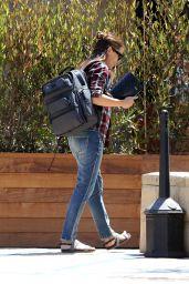 Jennifer Garner Street Style - Malibu, 07/06/2016
