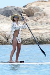 Jessica Alba Hot in Bikini - Beach in Hawaii, 7/18/2016