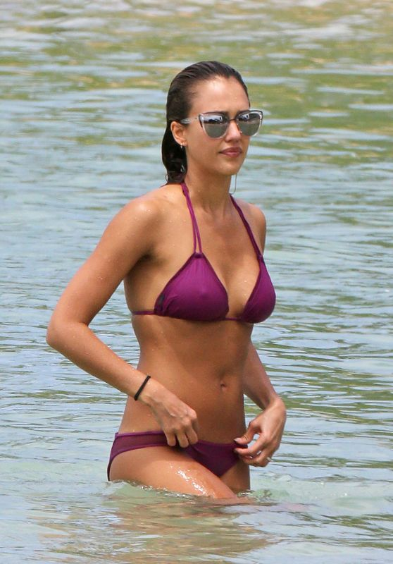 Jessica Alba in Purple Bikini in Hawaii, July 2016