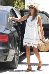 Jessica Alba Summer Outfit - Meets a Friend in Beverly Hills 7/24/2016