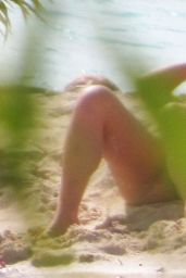 Jessica Simpson Bikini Candids - French Polynesia 7/10/2016