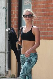 Julianne Hough at Tracy Anderson