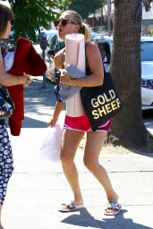 Kaley Cuoco - Leaving a a Yoga Class in Studio City 7/6/2016