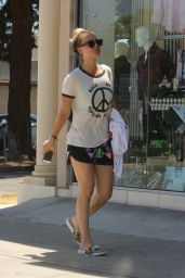Kaley Cuoco - Leaving a Yoga Class in LA 7/15/2016