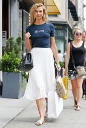Karlie Kloss Casual Chic Outfit - New York City, 07/07/2016