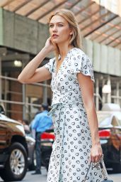 Karlie Kloss Summer Style - NYC 7/12/2016