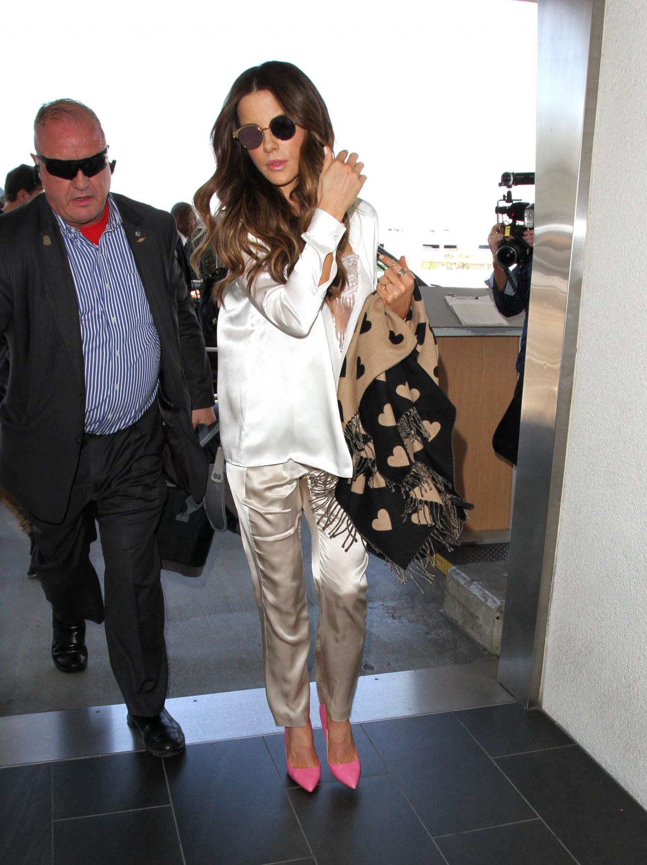 ee5d3b439 Kate Beckinsale Style - LAX Airport
