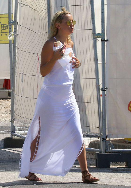 Kate Hudson Summer Street Style - St. Tropez, France, 7/19/2016