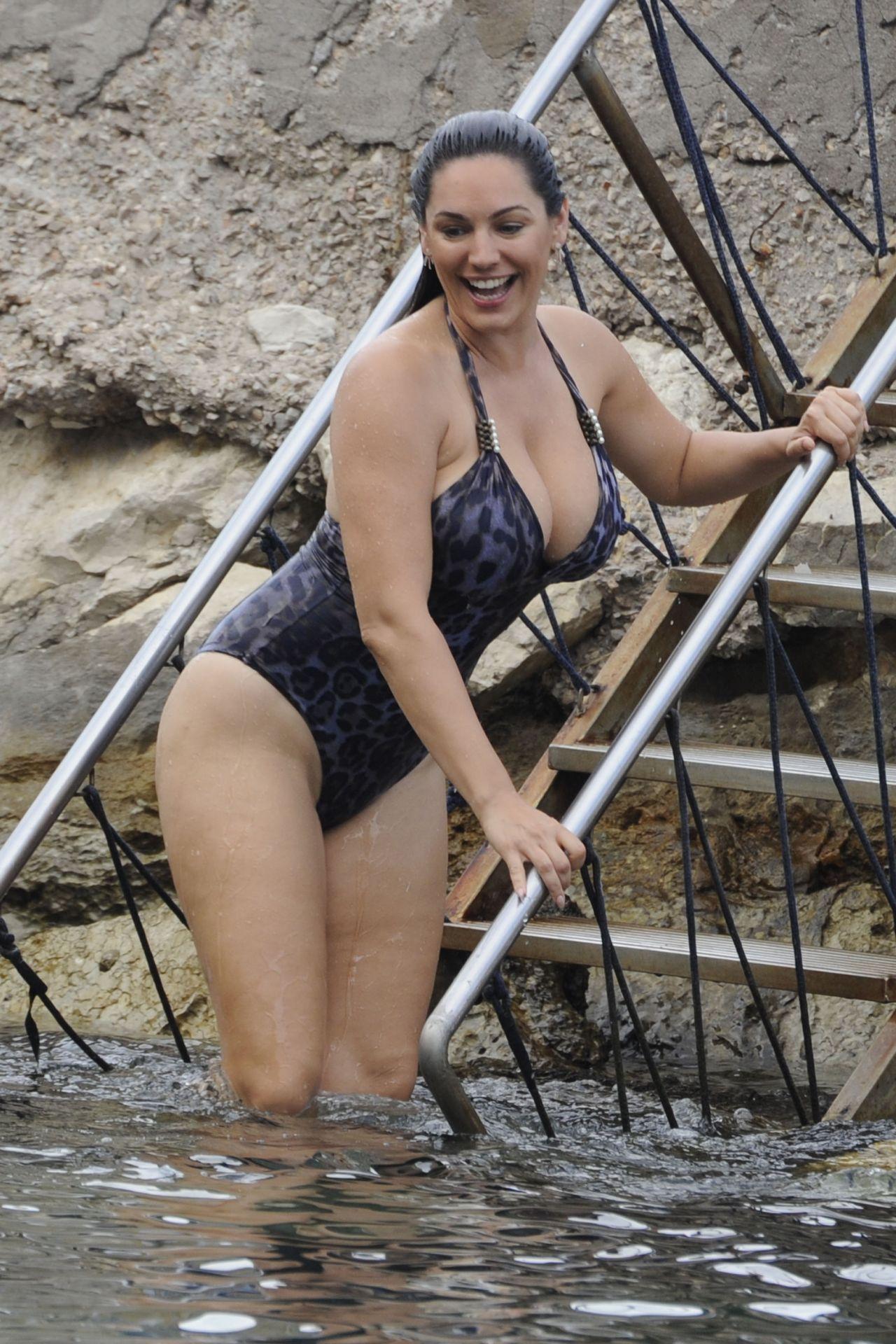 Tamblyn bikini amber Amber Tamblyn