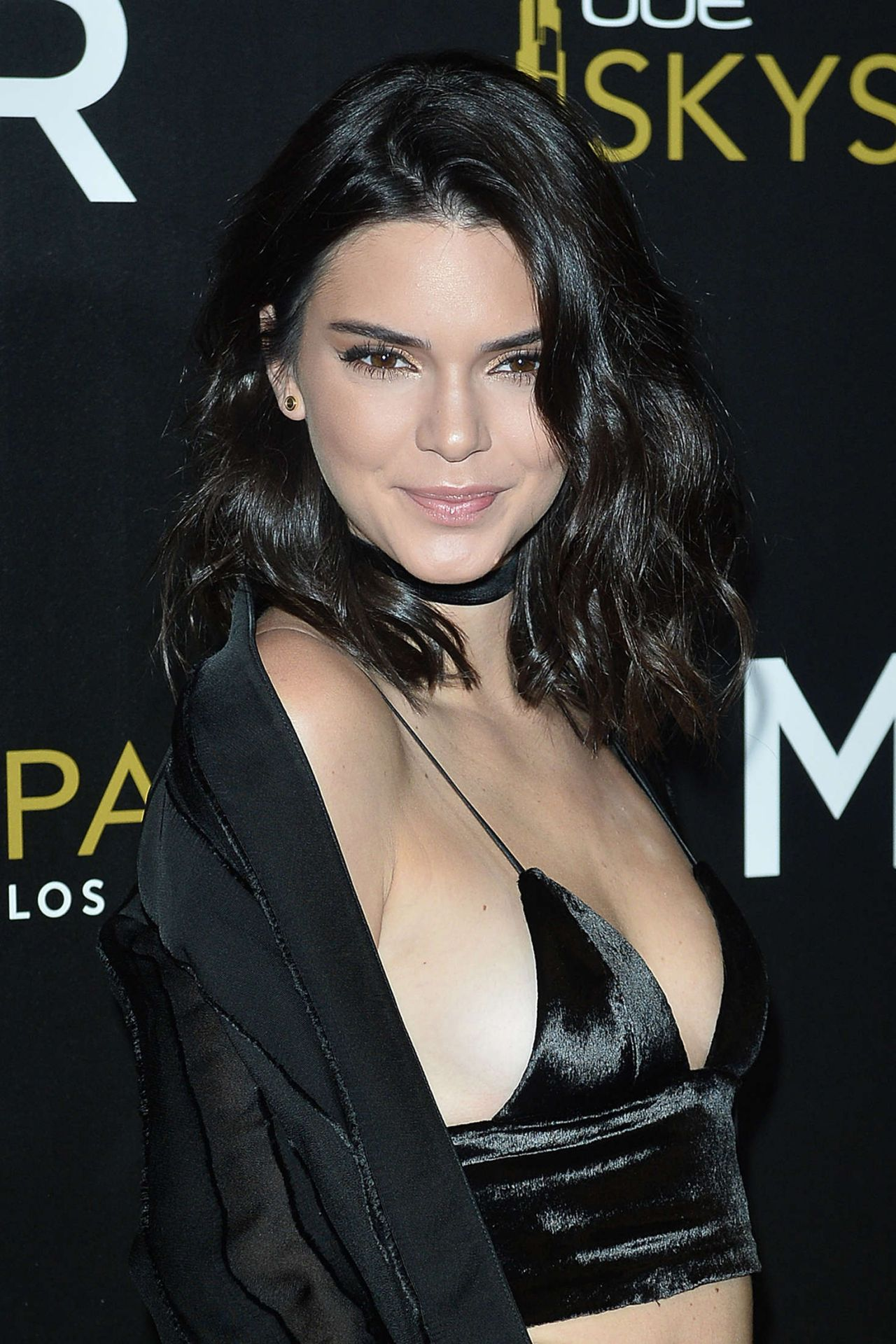 Kendall Jenner Caviar Kaspia Dinner After Pharmacy Stop: Launch Of OUE Skyspace In Los Angeles, CA