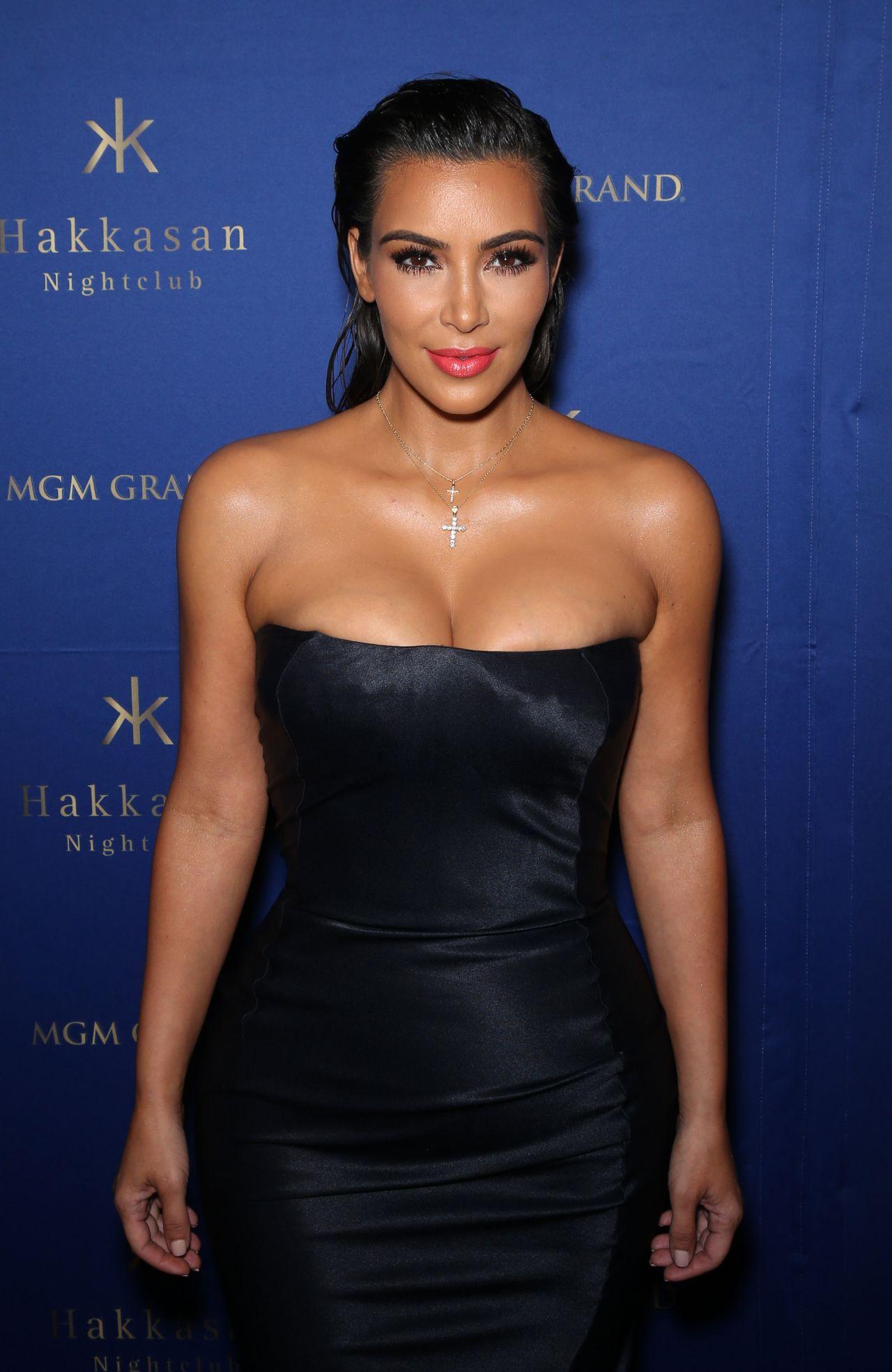 Kim Kardashian at Hakkasan Nightclub in Las Vegas 07/23/2016 Kim Kardashian