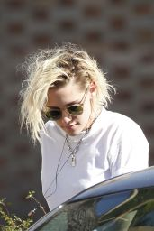 Kristen Stewart in SHorts - Out in LA 7/24/2016