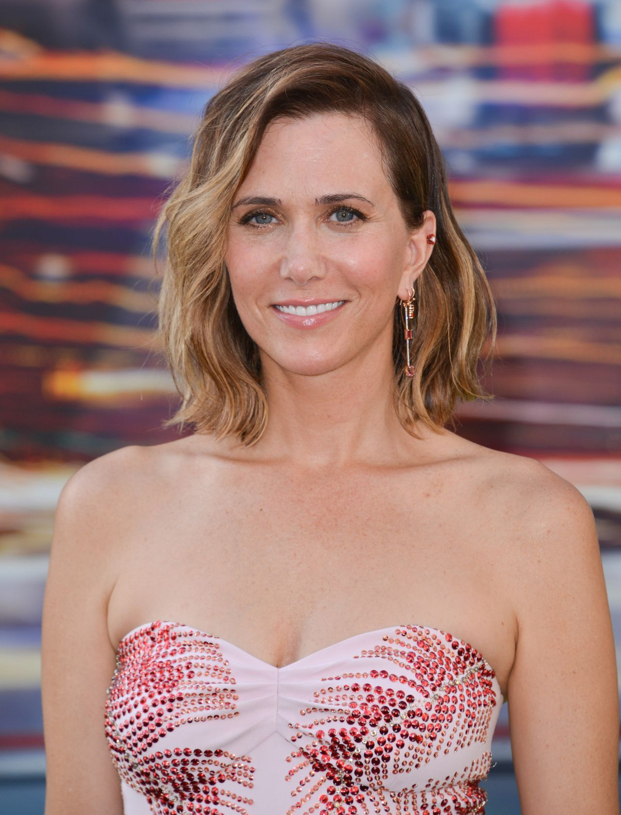 Kristen Wiig Sony Pictures Ghostbusters Premiere At