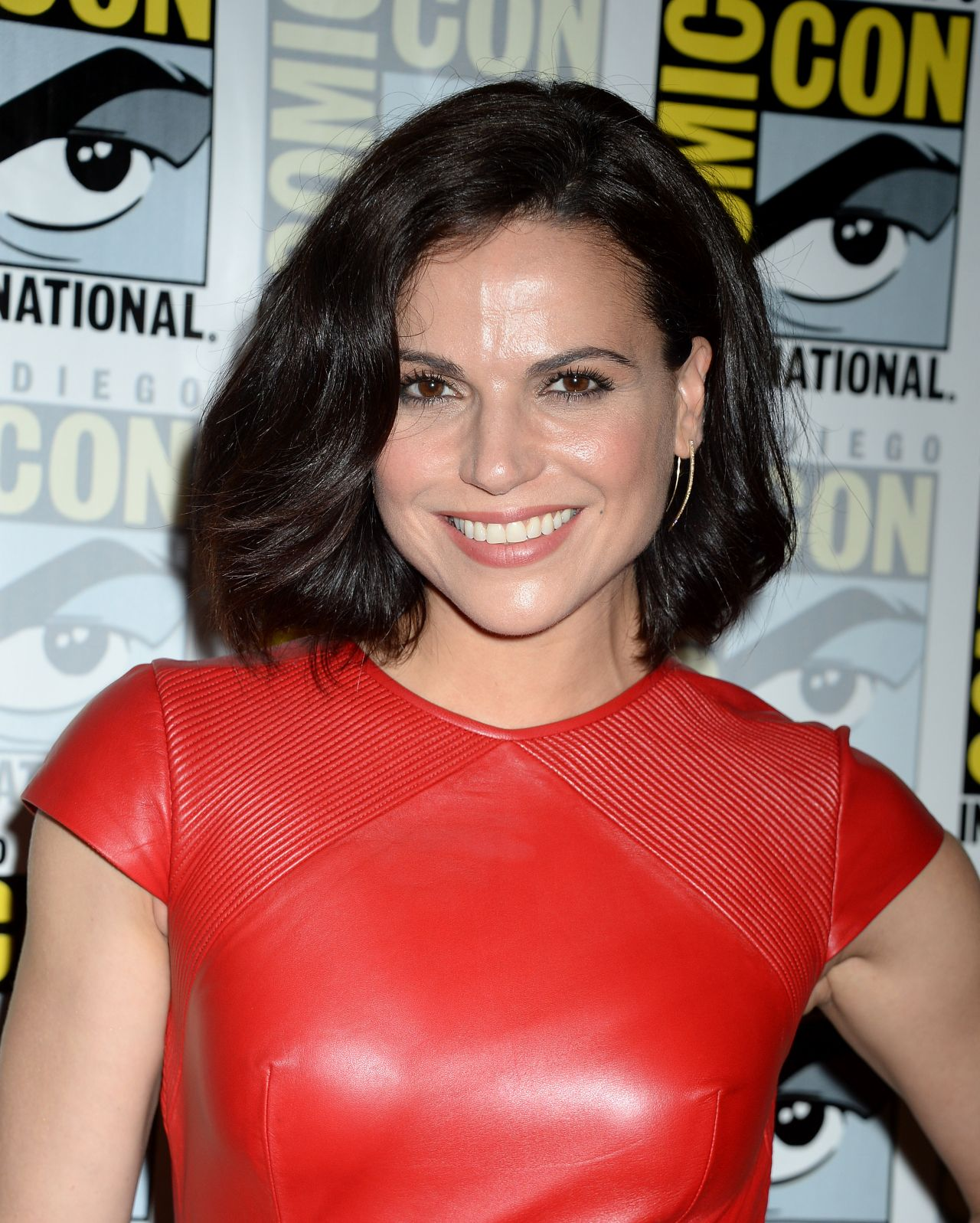 Lana Parrilla Once Upon A Time Press Line At Comic Con