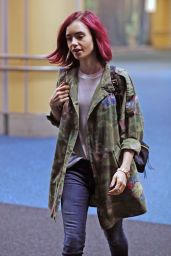 Lily Collins at Vancouver International Airport, July 2016