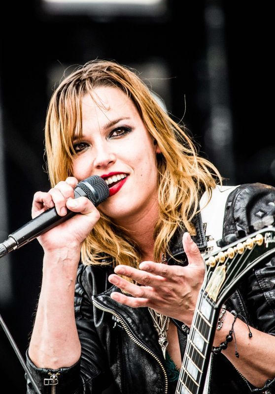Lzzy Hale Performs at Pinkpop Festival 2016 in Landgraaf, Netherlands, June 2016