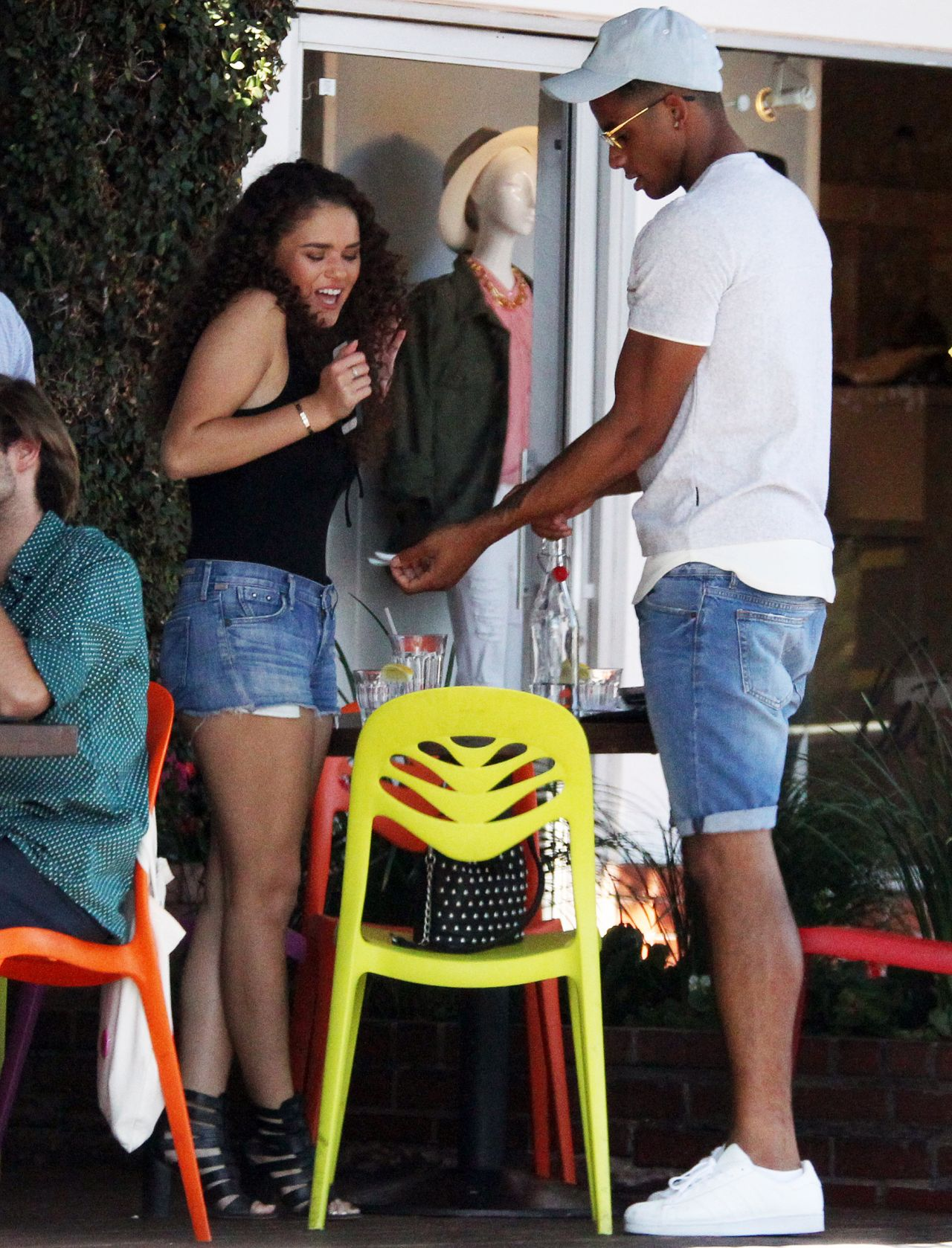Madison Pettis In Jeans Shorts Fred Segal S Cafe Mauro S