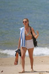 Margot Robbie Hot in Bikini - Beach in Hawaii July 14th, 2016
