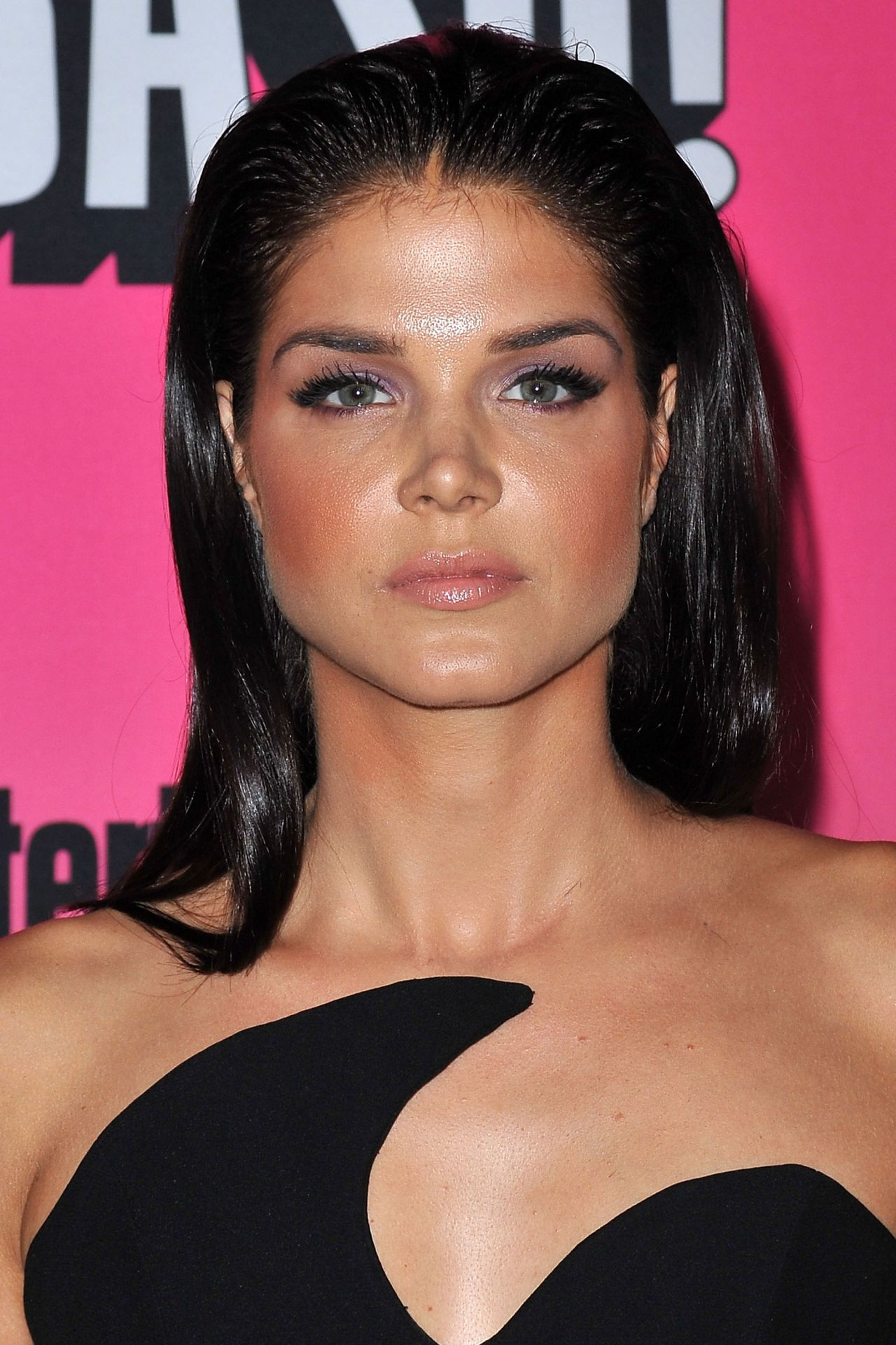 Marie Avgeropoulos –...