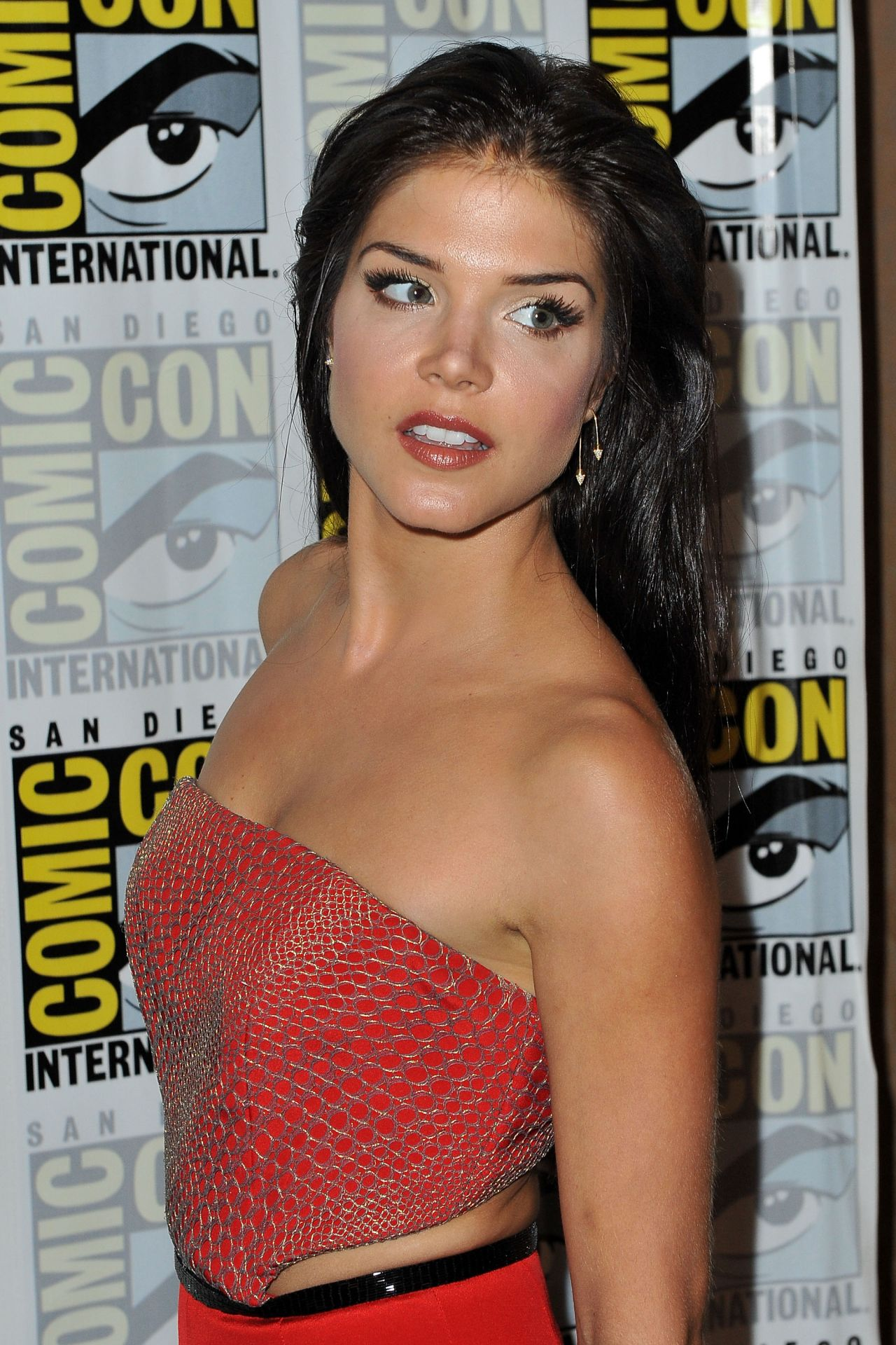 Marie Avgeropoulos - 'The 100' Press line at Comic-Con ...