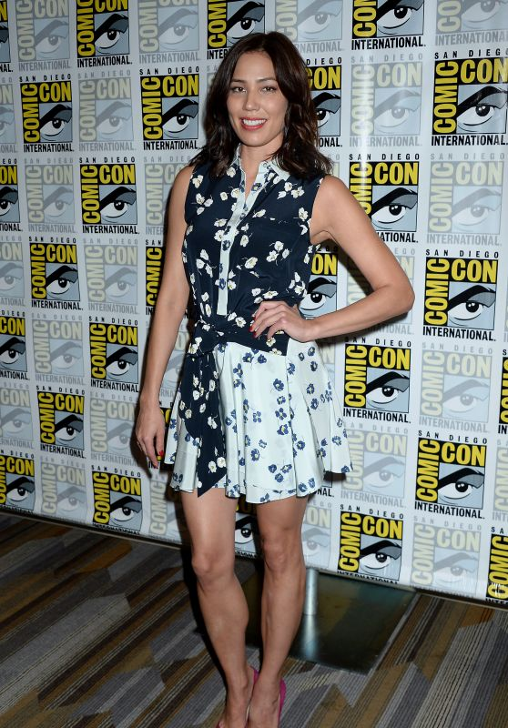 Michaela Conlin – 'Bones' Press Line at Comic-Con International in San Diego 7/22/2016