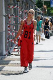 Michelle Hunziker Street Style - Milan 7/21/2016