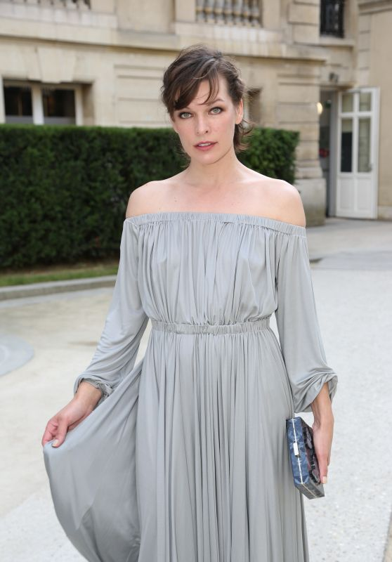 Milla Jovovich - Valentino Haute Couture Fall-Winter 2016/2017 Show in Paris, July 2016