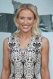 Nicky Whelan – 'Lights Out' Premiere in Los Angeles, CA 7/19/2016