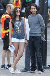 Nina Dobrev and Ellen Page -