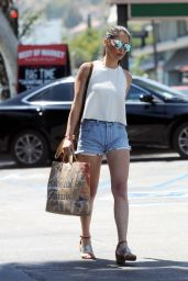 Olivia Munn Leggy in Jeans Shorts - Shopping in Los Angeles, 07/16/2016