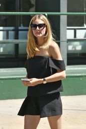 Olivia Palermo Street Fashion - NYC 7/27/2016