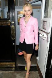 Pixie Lott - Royal Haymarket Theatre After Breakfast at Tiffany