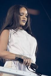 Rihanna Performs at Anti-World Tour in Stockholm, Sweden, July 2016