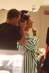 Rihanna - Shopping at Gucci