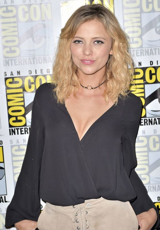 Riley Voelkel – 'The Originals' Press Line at Comic-Con 2016 in San Diego