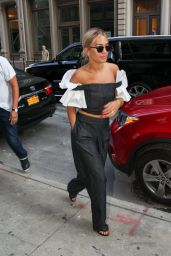 Rita Ora Chic Style - Manhattan, New York 7/12/2016