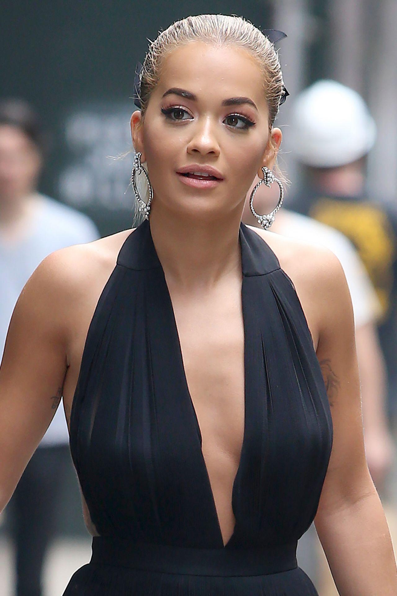 Rita Ora Filming America S Next Top Model In Nyc 7 15 2016