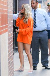 Rita Ora Walks Into a Spa in New York 07/24/2016