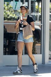 Sarah Hyland in Jeans Shorts - Leaving a Starbucks in LA 7/20/2016