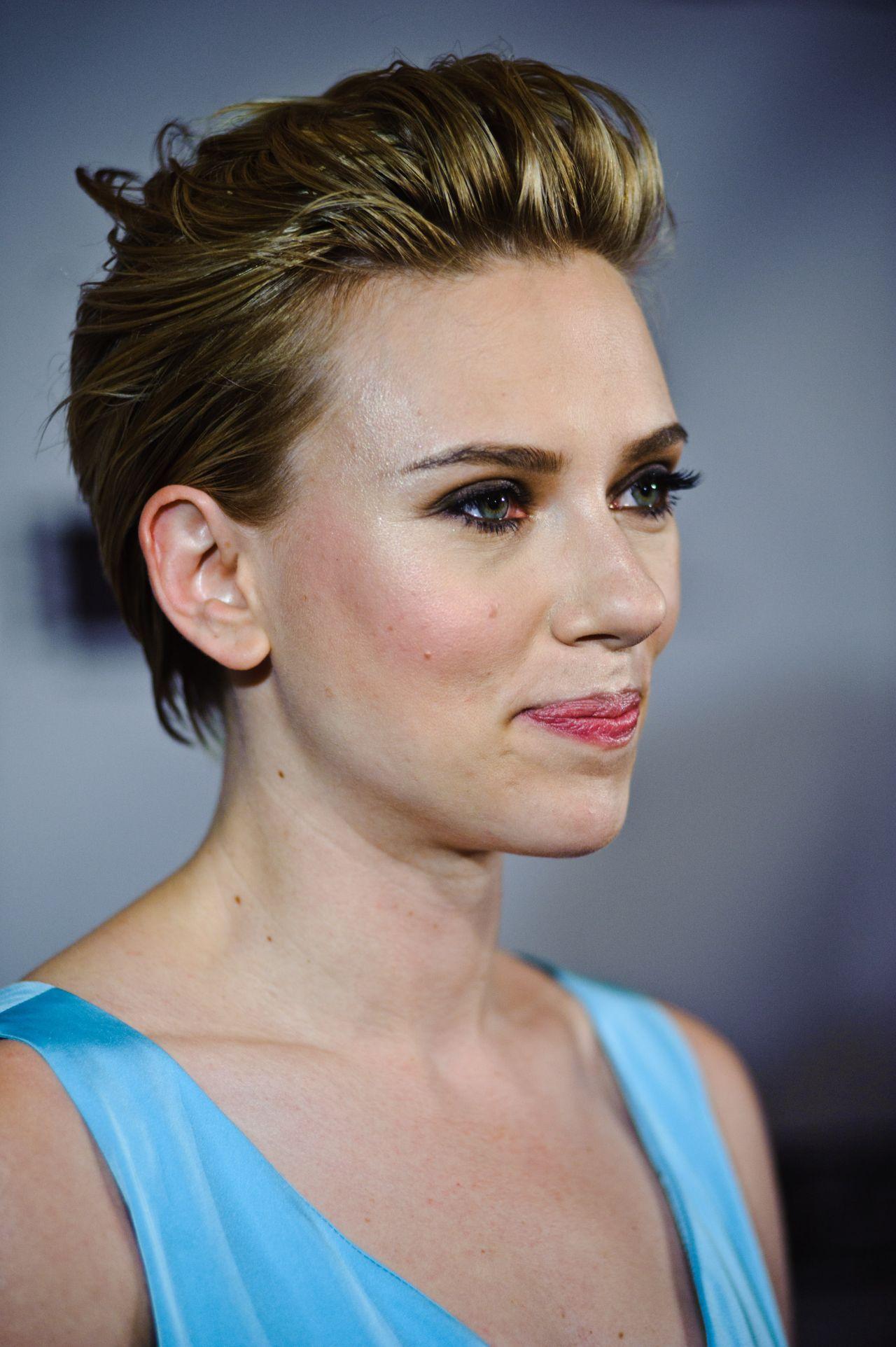 Scarlett Johansson - Gene Siskel Film Center 2016 ... Scarlett Johansson