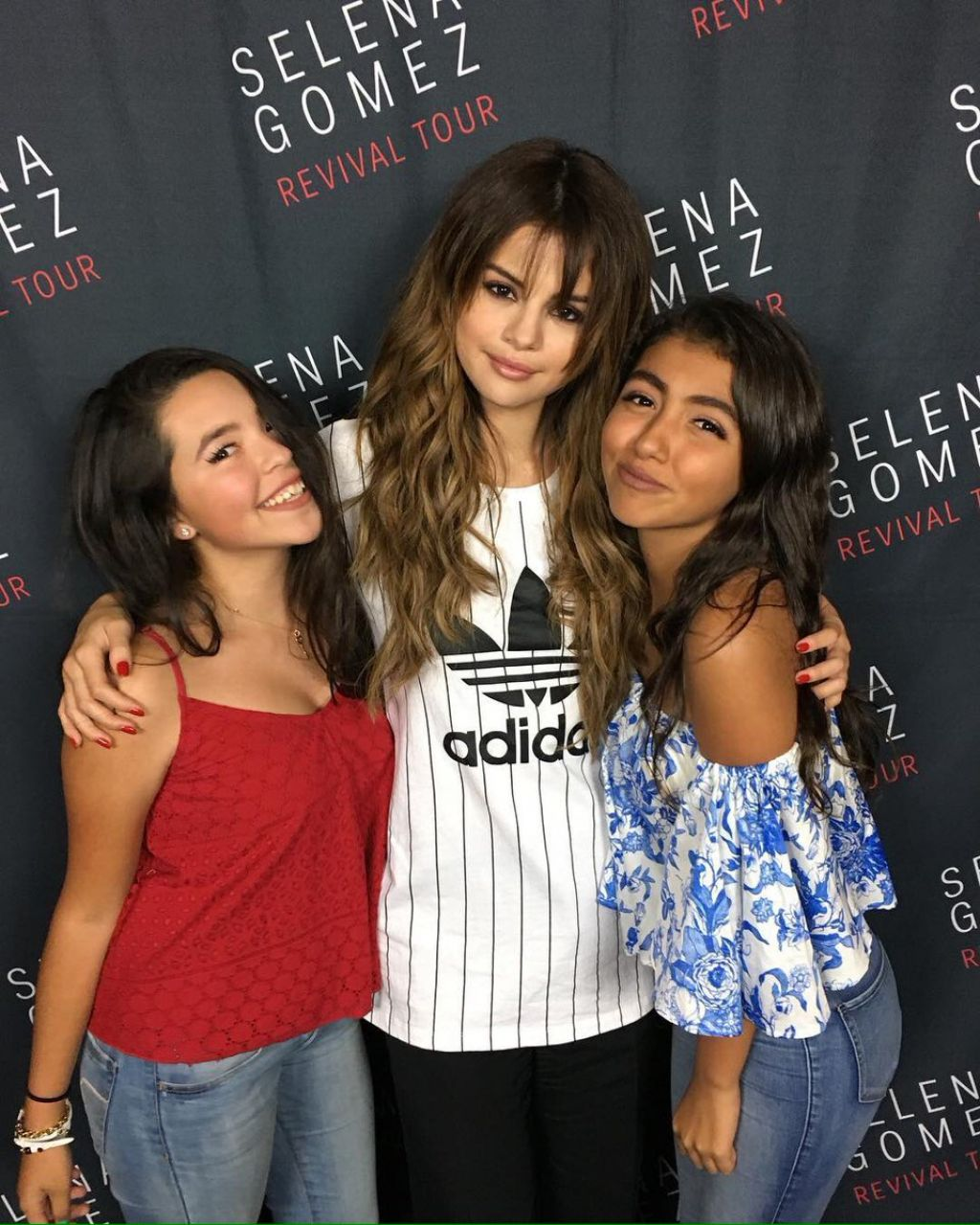 Selena Gomez Meet Greet At The Valley View Casino Center In San