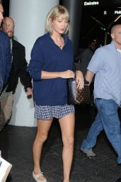 Taylor Swift at LAX Airport 7/6/2016