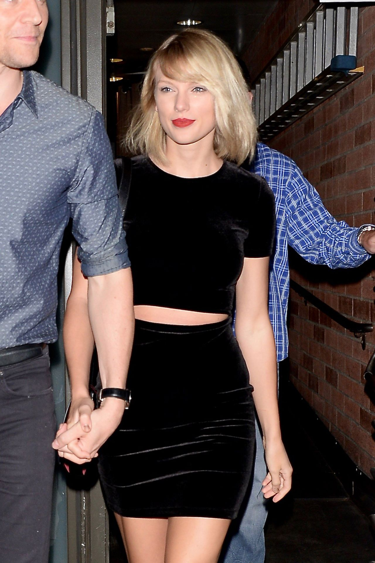 Taylor Swift at the Hillstone Restaurant in Santa Monica 7 ... Taylor Swift