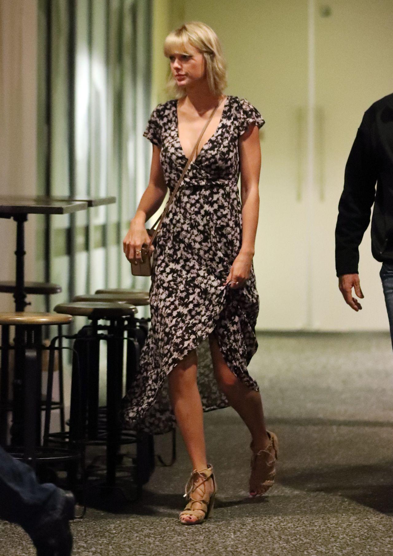 Taylor swift dating in Australia