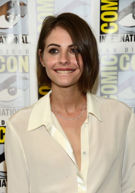 Willa Holland - Arrow Press Line at Comic Con in San Diego 7/23/2016