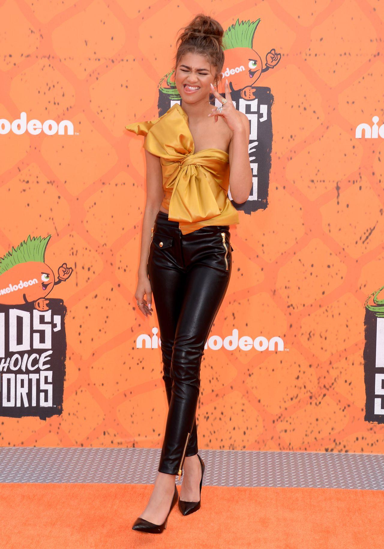 Zendaya Nickelodeon S Kids Choice Sports Awards 2016 In